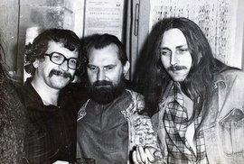 Zleva Ivan Jirous, Egon Bondy a Pavel Zajíček.