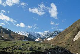 Tádžikistán: Země rozdělená horami, ale spojená vírou v lepší zítřky