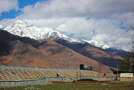 Vlakem do Tibetu: Jaké to je cestovat nejvýše položenou železniční tratí světa?