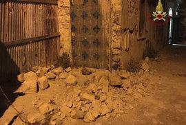 Italský ostrov Ischia zasáhlo zemětřesení.