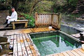Malý onsen v údolí Yagen na poloostrově Šimokita