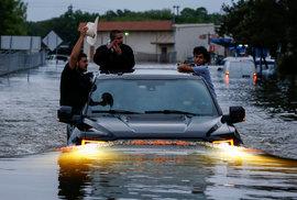 Bouře Harvey a záplavy
