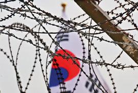 Nejstřeženější hranice světa odděluje dva naprosto rozdílné světy: Severní a Jižní Koreu.