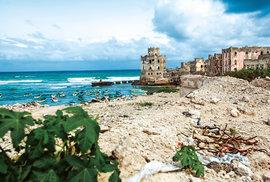 Před válkou bylo Mogadišo nazýváno Bílá perla Indického oceánu. Pozůstatky staré pevnosti.