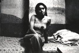 Unikátní historické fotografie prostitutek v muslimském Íránu, dnes by tyto ženy…