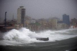 Hurikán Irma na Kubě zapříčinil bleskové povodně.