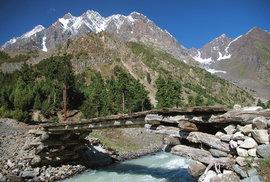 Severní Pákistán: V ráji horolezců naleznete panensky čistou přírodu i pohostinné …