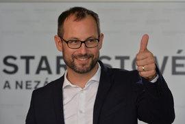 Jan Farský: Vládu s důvěrou můžeme mít za týden, ale Babiš zatím nechce. Hodí se mu to