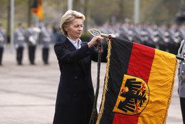 Summit EU navrhl do čela Evropské komise Němku von der Leyenovou, Merkelová se zdržela hlasování