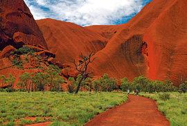 Nehostinný střed Austrálie: Rudá poušť kolem Uluru skrývá mnohá bohatství