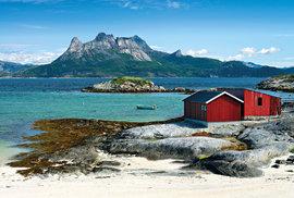 Ostrov Hamarøya vsouostroví Vesterály
