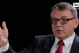 Zrušme imunitu, vláda s Babišem je strašně nebezpečná, říká Lubomír Zaorálek