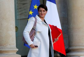 Nová pokuta ve Francii: Za hvízdání nebo sexuální komentáře na adresu žen zaplatí viník až 19 000 korun