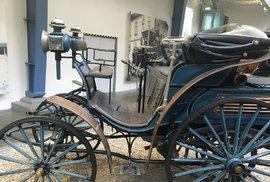 Automobilismus v Česku odstartoval před 123 lety liberecký magnát. Podívejte se, čím jezdil