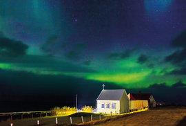 Kaplička v rybářské vesnici Grundarfjörður, západ ostrova