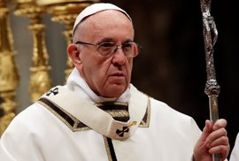Potrat je vražda dítěte v bílých rukavičkách, je to jako zločin nacistů, řekl papež