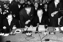 Kritické okamžiky EU: Dvojí veto pro Británii, vystoupení Grónska, Lisabonská…