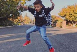Šestiletý kluk má na Instagramu 700 000 sledujících. Náhoda? Reklama? Bláznivý svět?