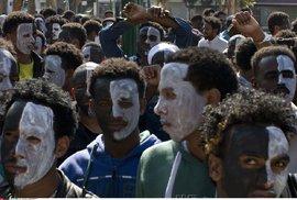 Izrael vyhostí svobodné bezdětné imigranty. Muži dostanou 70 tisíc korun, když půjdou …