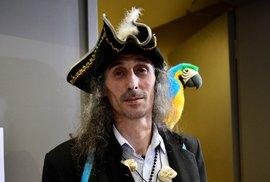Očima libertariána: Piráti se chystají loupit v Airbnb