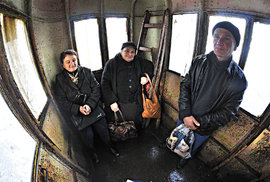 Pohoda na palubě: domácí jsou na cestování lanovkami zvyklí