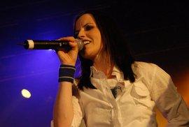 Zemřela zpěvačka irské skupiny Cranberries Dolores O'Riordanová