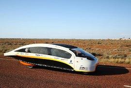 World Solar Challenge: Představte si projet celý světadíl vautě, které nepohání nic než solární energie