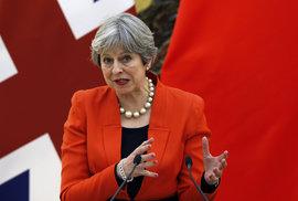 Mayová: Za otravou agenta Skripala je Rusko. Británie vypoví 23 ruských diplomatů a přerušuje s Ruskem styky