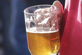 Za jak dlouho vyprchá jedno pivo a můžete sednout za volant? Podívejte se