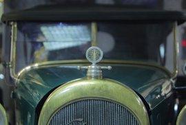 Československý Rolls Royce. Podívejte se na auta z tuzemské fabriky, kde byla preciznost zákon
