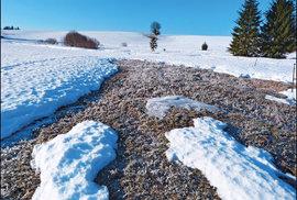 """Sklenský """"ledovec"""", kde se sníh drží dlouho dojara"""