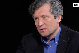 Bohumil Pečinka: Dna jsme v politice ještě nedosáhli, Babiš může získat ústavní většinu