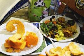 Pražští vegani mají svou vlastní komunitu. Setkávají se pravidelně každý měsíc na večeři
