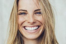 Usmíváte se? Izraelští vědci tvrdí, že kvůli smíchu vypadáte starší. Jaký výraz naopak omlazuje?