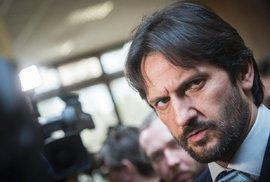 Zemětřesení ve Slovenské vládě. Ministr vnitra Robert Kaliňák rezignoval. Jak zareaguje Fico?