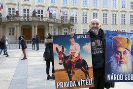 S Milošem Zemanem z Prahy až do Buzuluku! JXD demonstroval na prezidentské inauguraci