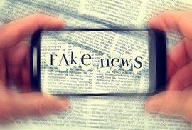 Taky máte až moc rychlý mozek? Debata o hoaxech a fake news mě odhalila