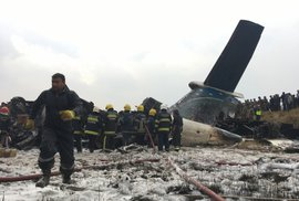 V Káthmándú havarovalo letadlo bangladéšských aerolinií. Na palubě bylo 67 lidí.