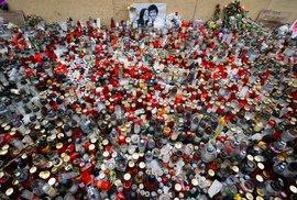 V Bratislavě se po týdnu znovu sešly tisíce lidí, ti žádají v reakci na vraždu novináře Jána Kuciaka předčasné volby (16. 3. 2018)