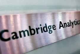 Co o vás může prozradit Facebook: Cambridge Analytica profilovala voliče podle oblečení…