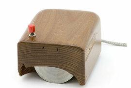 První dřevěná myš od Douglese Engelbarta