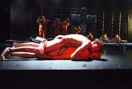 Kardinál Duka se žalobou na brněnské divadlo neuspěl. Na hru bych nešel, neposuzuji…