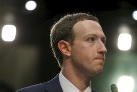 Facebook a Google pomáhají interrupcím. Na popud zastánců potratů zakázaly reklamu před referendem v Irsku