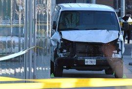 Masakr v Torontu: Řidič dodávky zabil deset lidí. Byl to