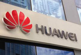 Babiš nařídil úřadu vlády zbavit se veškeré čínské technologie Huawei. Přidá se i ministerstvo průmyslu