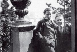 Vedvacátých letech spřítelem Jaroslavem Seifertem