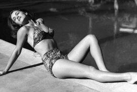 Krásné a vzrušujicí fotky první dívky slavného agenta Jamese Bonda. Budete překvapeni
