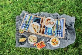 Stručná historie pikniků aneb Česká pikniková republika je zatím sice malá, ale vtipná