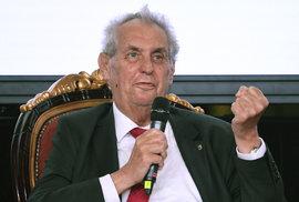 Babiše jmenuji premiérem znovu, ať už referendum ČSSD dopadne jakkoliv, řekl Zeman
