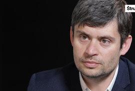 Babiš tu nebude navěky, nechtěně ale může zničit demokracii, říká politolog Lebeda